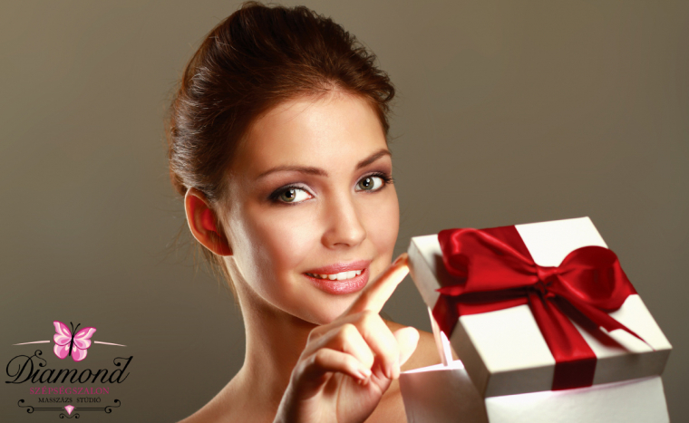 Klasszikus ajándékcsomag imádott nőknek! 7 részes kezeléskosár arcra, testre és kézre!