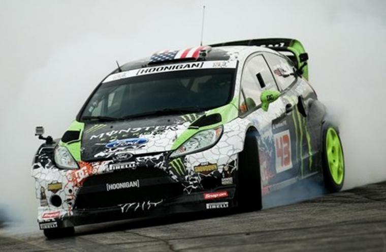 Repessz Ford Fiesta RS WRC-vel 3, 5 vagy 10 körön át, mint Ken Block!