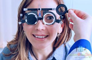 Essilor lencséjű szemüveg 150-féle kerettel 3b9bfe0607